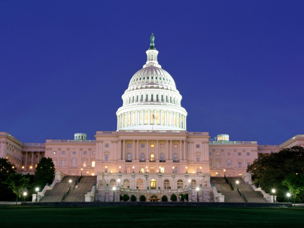 US_Capitol_Building_at_Night,_Washington_DC