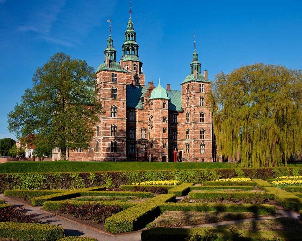 rosenborg-slot-landscape_104953-1280x1024
